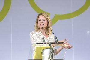 Helle Thorning-Schmidt bjuder in Venstre till att göra upp om gemensam flyktingpolitik